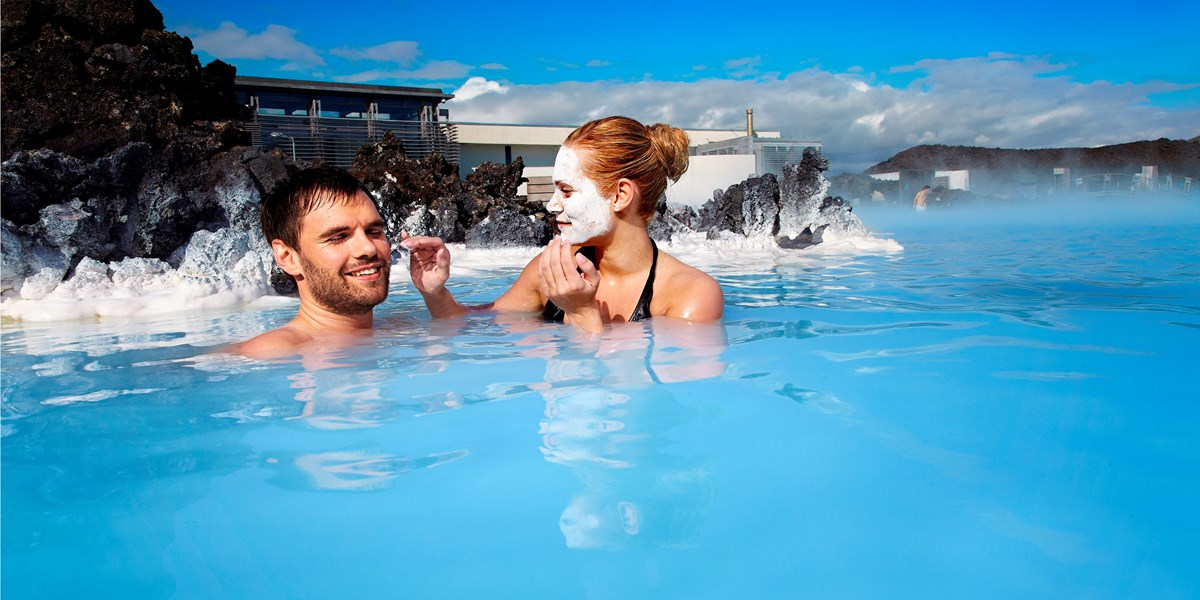 Blue-Lagoon-couple-silica